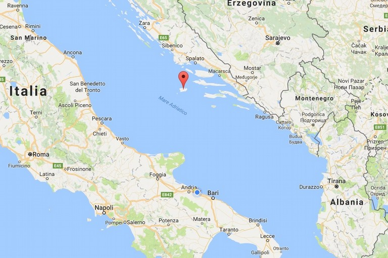 Peschereccio biscegliese fermato in acque non italiane