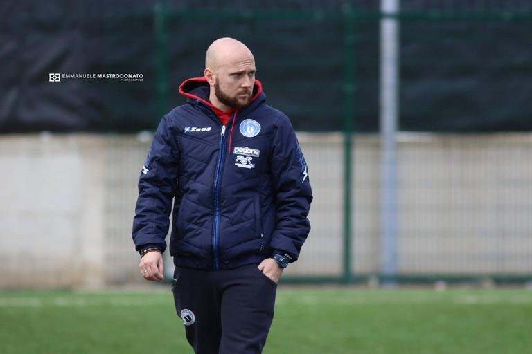 Luca Rumma, trainer dell'Unione Calcio Bisceglie. <span>Foto Emmanuele Mastrodonato</span>