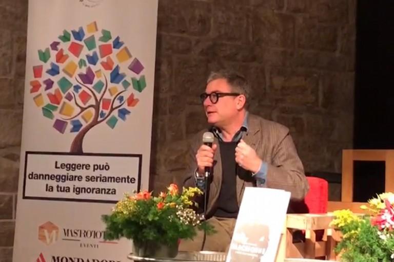 Il vicedirettore de La 7 Marco Ferrante alle Vecchie Segherie Mastrototaro di Bisceglie