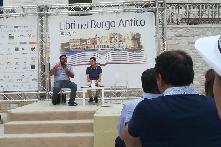 Matteo Losapio e Dario Gurashi a Libri nel Borgo Antico. <span>Foto Cristina Scarasciullo</span>