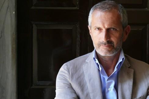 """Gianrico Carofiglio presenta  """"La misura del tempo """" alle Vecchie Segherie Mastrototaro"""