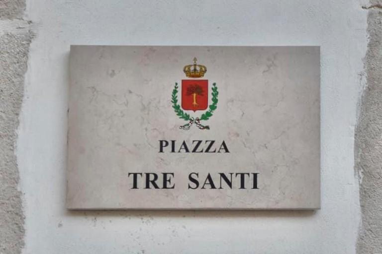 Piazza Tre Santi