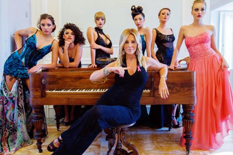 Porta il marchio di Bisceglie il calendario Top Fashion Model a favore della Lilt