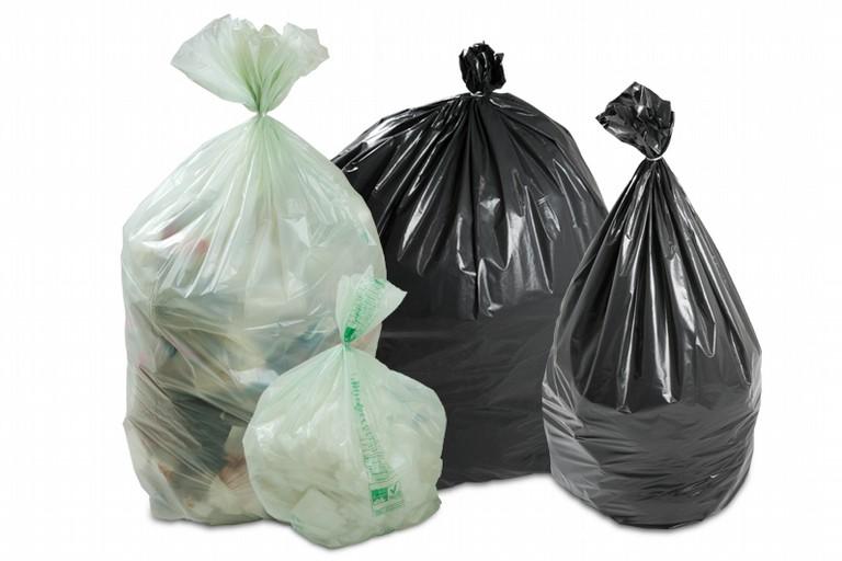 Tornano i sacchi per la differenziata nei quartieri Seminario e Sant'Andrea