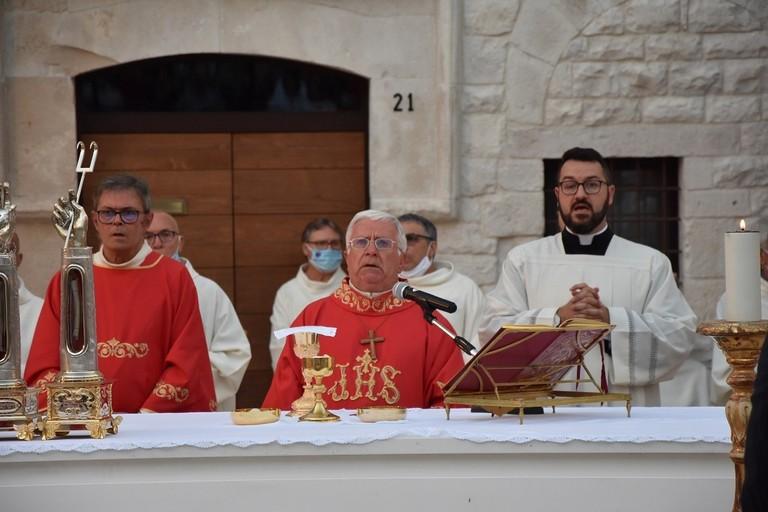 Santa Messa nella ricorrenza del martirio dei Santi patroni Mauro, Sergio e Pantaleone. <span>Foto Antonio Lopopolo</span>