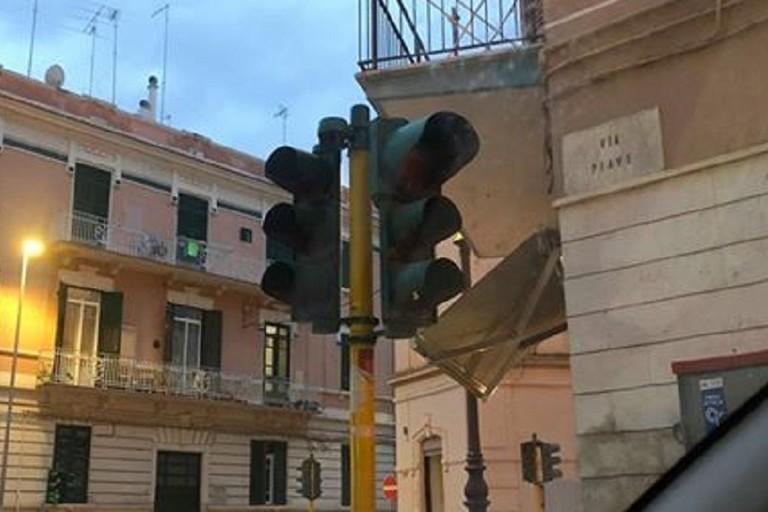Semaforo non funzionante su via Piave