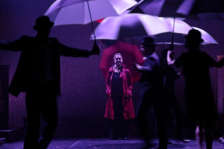 Nunzia Antonino protagonista dello spettacolo Cantare Shakespeare