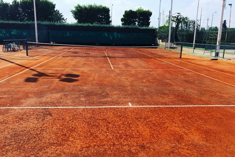 Campo in terra rossa dello Sporting Club Bisceglie