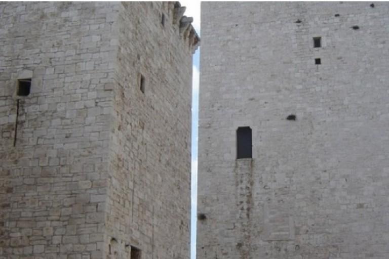 Le torri normanne di piazza Castello