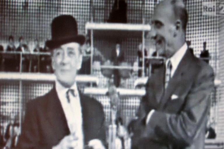 La gag di Totò e Mario Castellani