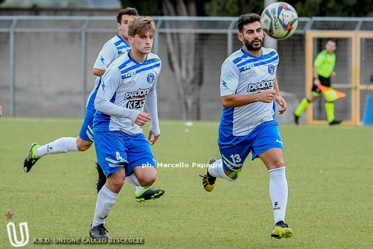 L'Unione calcio Bisceglie all'attacco. <span>Foto Marcello Papagni</span>
