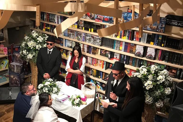Matrimonio in libreria alle Vecchie Segherie Mastrototaro di Bisceglie