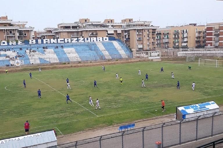 Una fase del match tra Vigor Trani e Unione Calcio Bisceglie