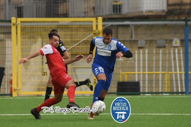 Un'azione del match tra Virtus Bisceglie e Audace Cagnano. <span>Foto Sergio Porcelli </span>